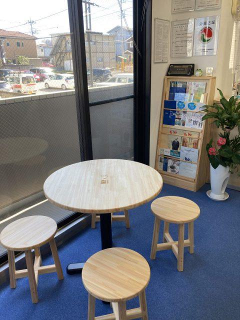 埼玉県産の間伐材を使った家具